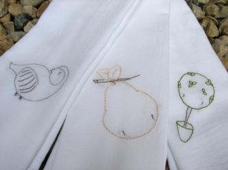 CaseyYork_Partridge-Pear-Tree_EmbroideredTowels